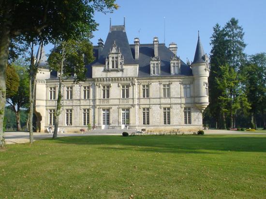 le Chateau du val des écoliers